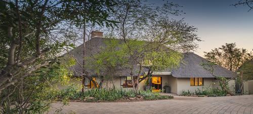 Ndlophu Lodge